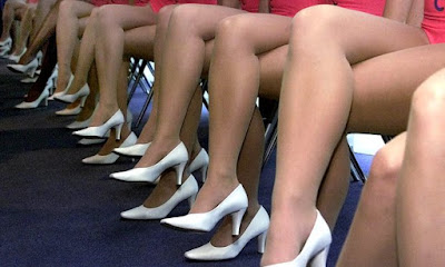 pernas hermosas de mujeres jovenes