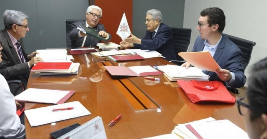 UNSAAC: Egresado de Universidad de Cusco gana II concurso de tesis en materia electoral