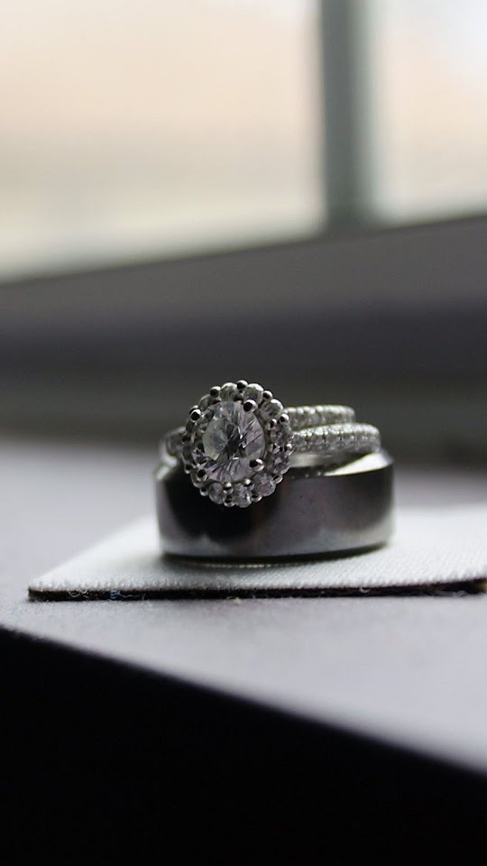 Diamond Ring On The Desk   Galaxy Note HD Wallpaper