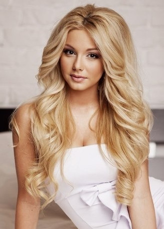 Length: 22 Inches Hair Material: Human Hair Hair Texture: Curly  Cap Construction: Lace Front Cap Density: 120%