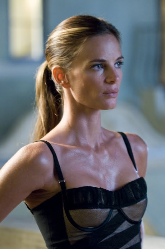 Are you watching Gabrielle Anwar on Burn Notice tonight ...