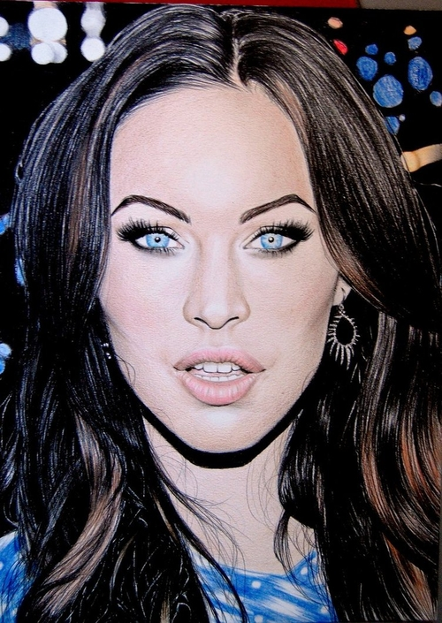 17-Megan-Fox-Valentina-Zou-Pencils-and-Charcoal-Hyper-Realistic-Drawings-www-designstack-co