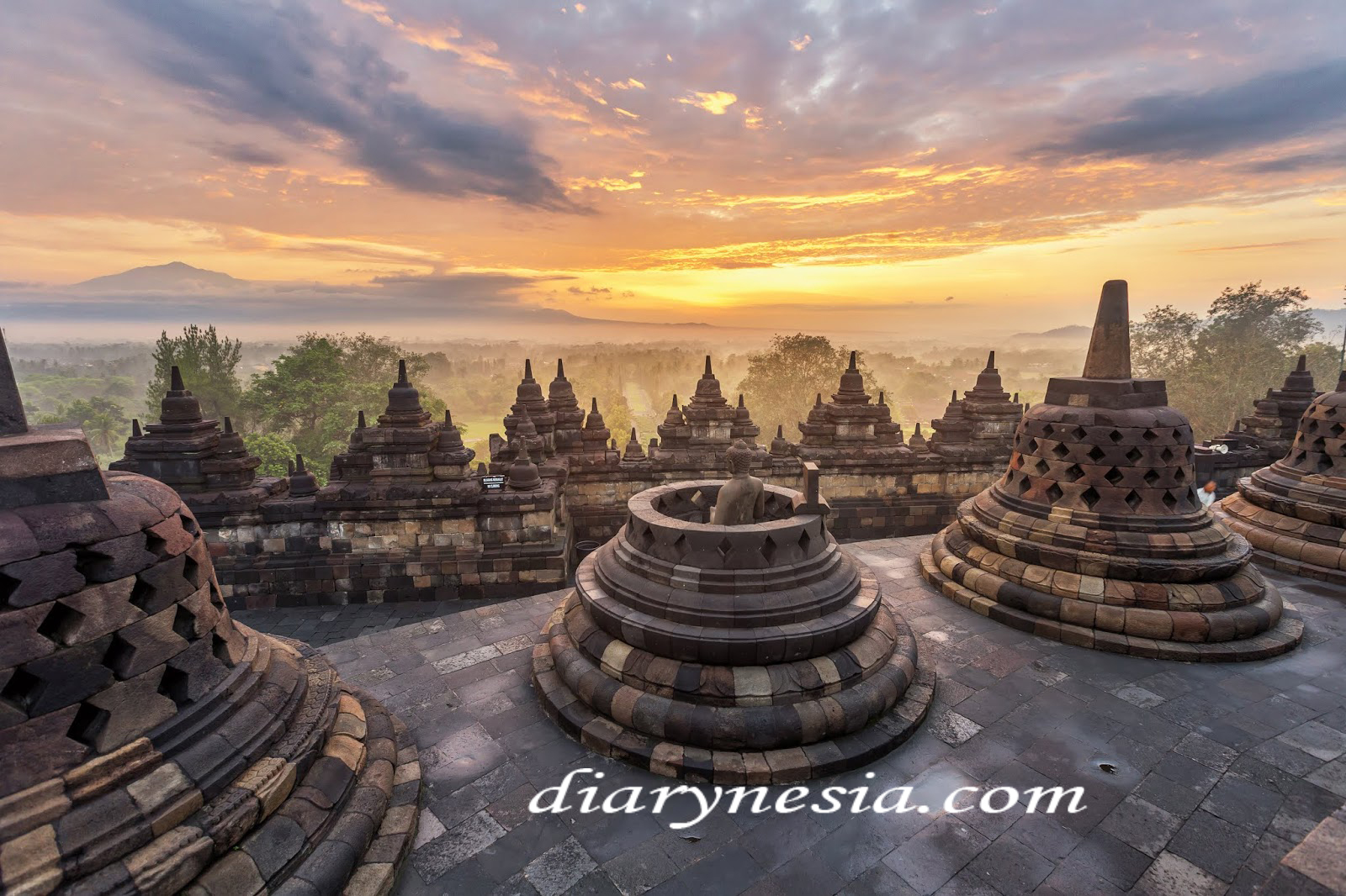 historic places in yogyakarta, things to do in yogyakarta region, Borobudur temple, diarynesia