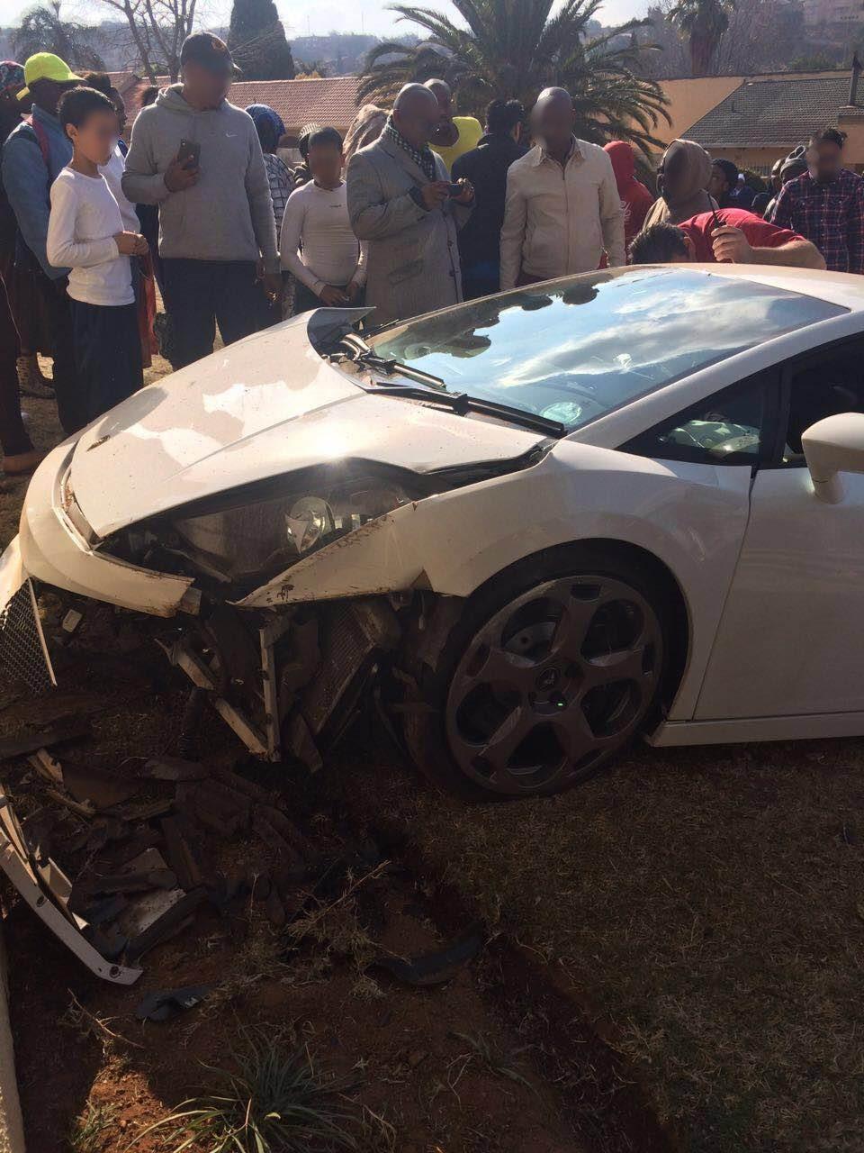 Lamborghini Gallardo That Crashed In Johannesburg Looks Like