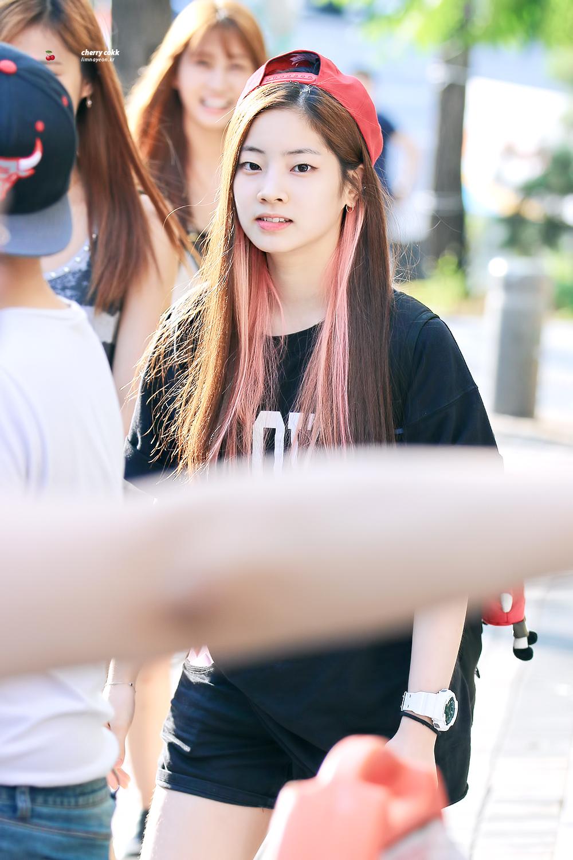 Kumpulan Foto Foto Kim Dahyun Twice