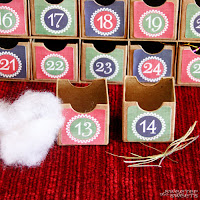 Christmas Advent Calendar to teach the True Story of Christmas by Tricia @ SweeterThanSweets