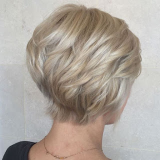 6 Respectable Yet Modern Hairstyles for Women Over 50