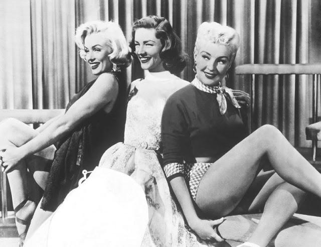 Marilyn Monroe, Lauren Bacall y Betty Grable en Cómo casarse con un millonario