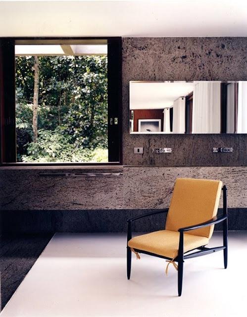 Ngắm nhìn 5 thiết kế phòng tắm với hướng nhìn đẹp tuyệt vời 5