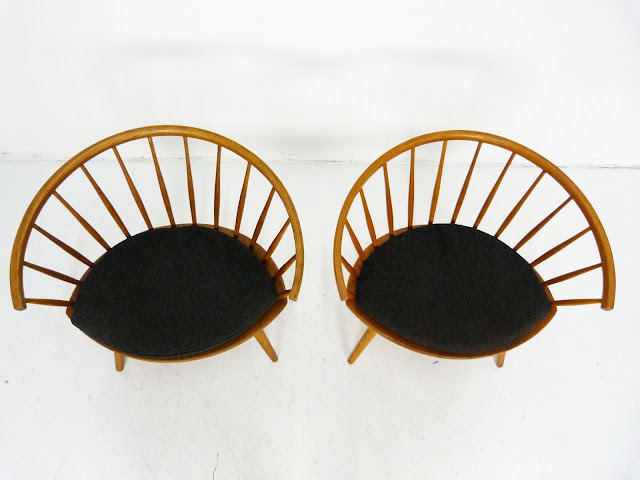 Mid-Century Pair of Arka Chairs by Yngve Ekström 3
