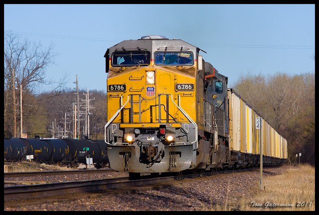 UP 6786 leads a coal train east on the Jefferson City Subdivision, at Washington, MO.
