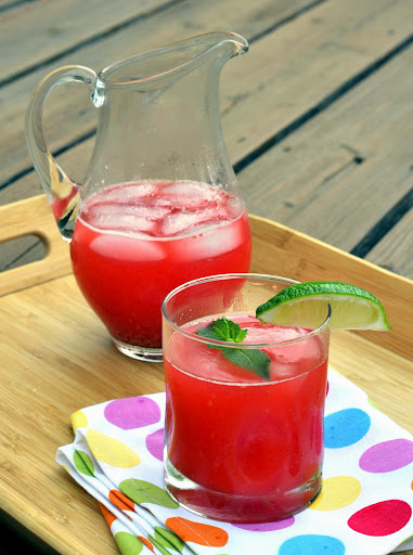 Raspberry-Lime-Spritzers-tasteasyougo.com