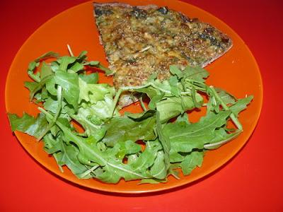 Pizza blettes, noix parmesan et comté