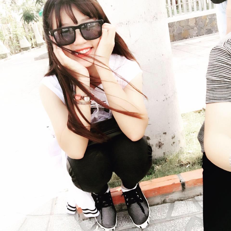 Hot girl sinh năm 1999 sang chảnh