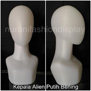 Manekin Kepala Wanita Alien