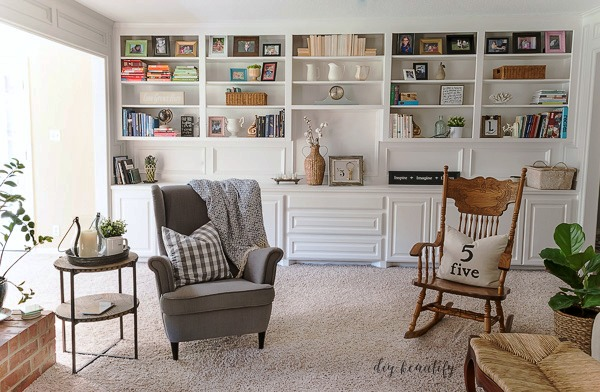 painted built-ins | diy beautify