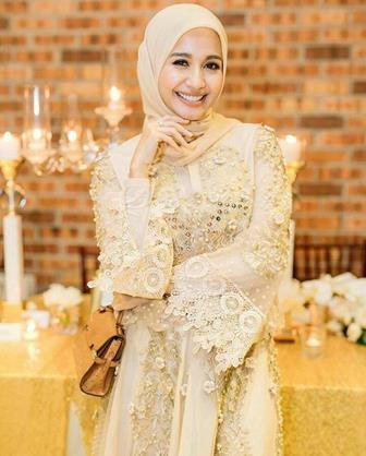 Model Kebaya Muslimah Sederhana Dan Elegan