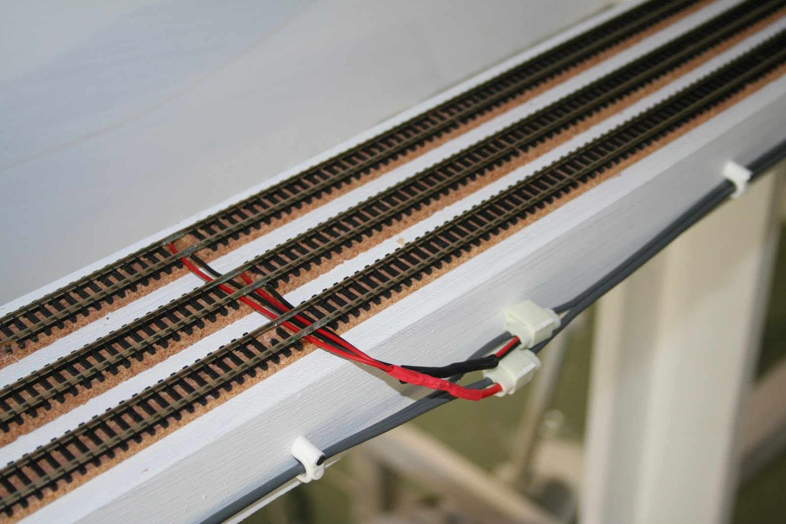 N Scale Track Wiring Circuit And Diagram Hub For Dcc Tropical Ho Train Schematic