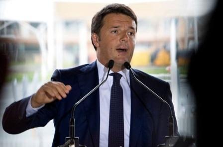 Renzi, più soldi per la sanità e no alla tassa sul fumo