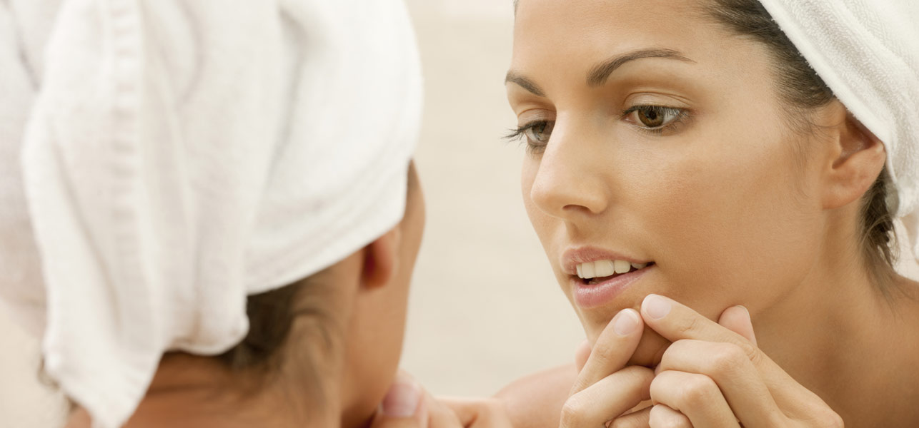 9 Ways To Take Care Of Pimples On Mouth And Lips – Act Now ...