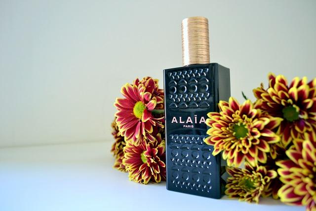 profumi femminili per le sere d'estate; alaia paris eau de parfum