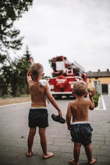 Po burzy! Dzieci strażaka.