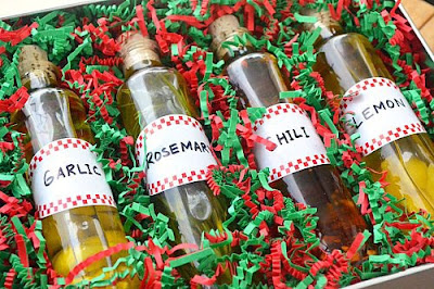 7 Easy DIY Christmas Gifts