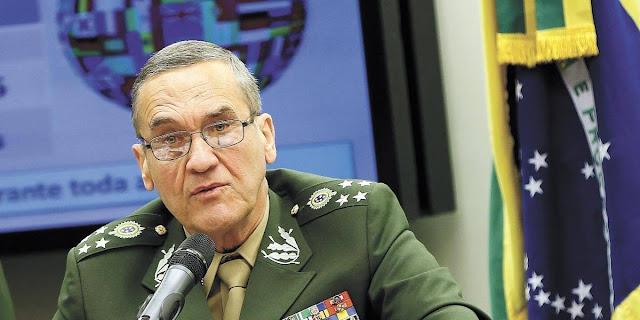 Olavo de Carvalho e os militares