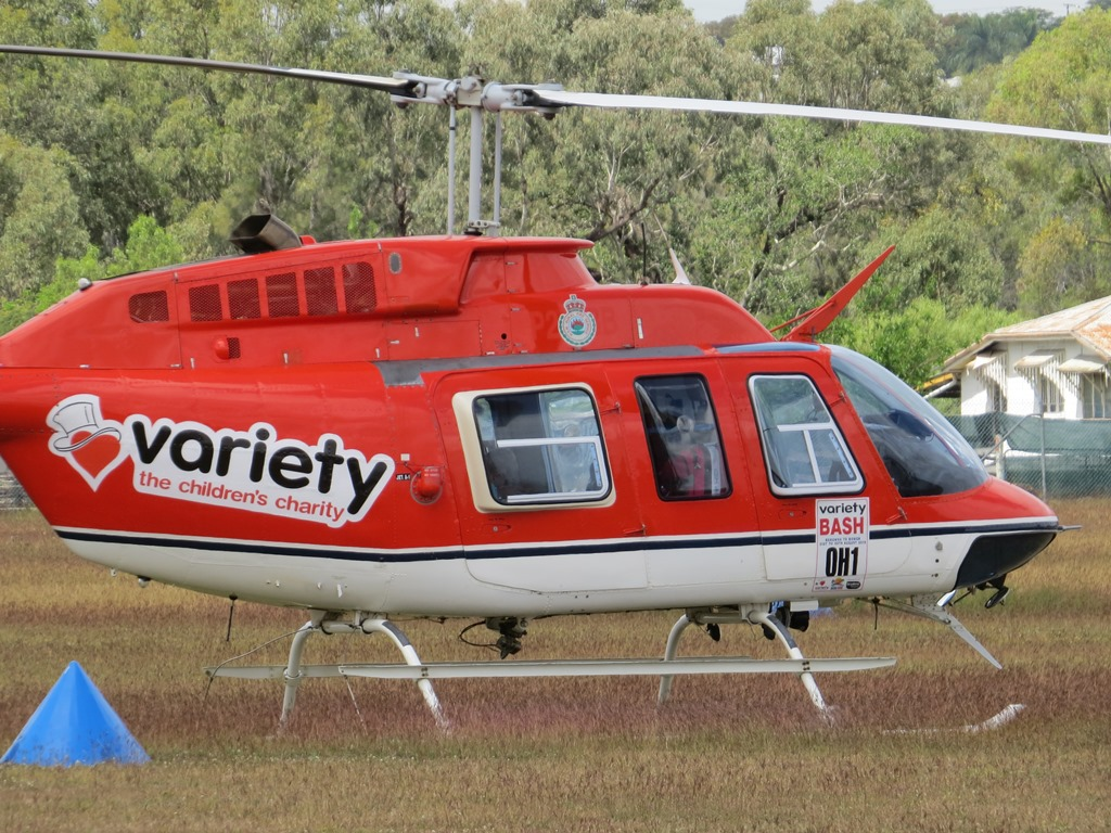 M Bel Airport central queensland plane spotting gemmell helicopters bell 206 vh shk passes through