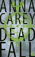 http://lielan-reads.blogspot.de/2015/12/rezension-anna-carey-deadfall-blackbird.html