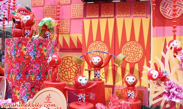 Man Ji Monkey, Swinging with Happiness, fahrenheit88, cny 2016, shopping mall cny decor