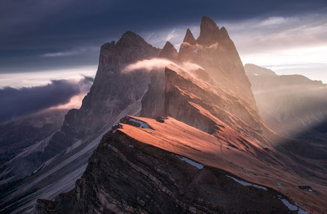 Photos of Unbelievable Magical Mountain