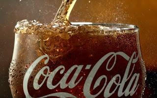 Η Coca Cola σπάει την παράδοση 125 ετών