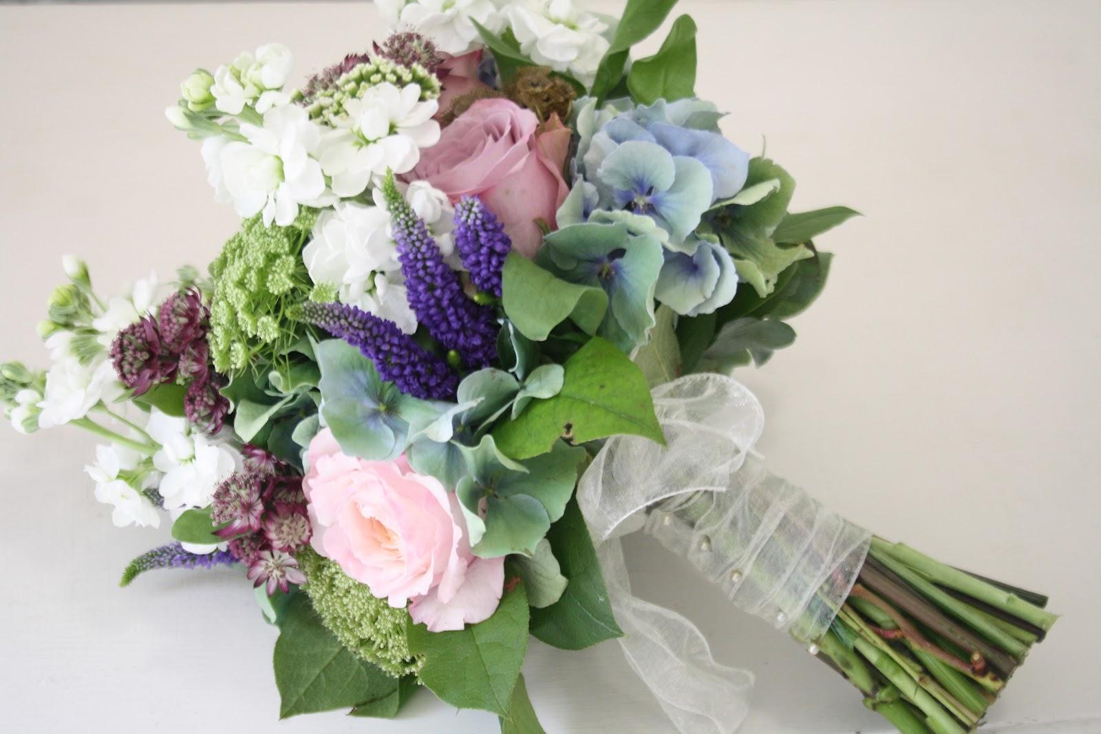 The Blossom Tree: Vintage Wedding Flowers