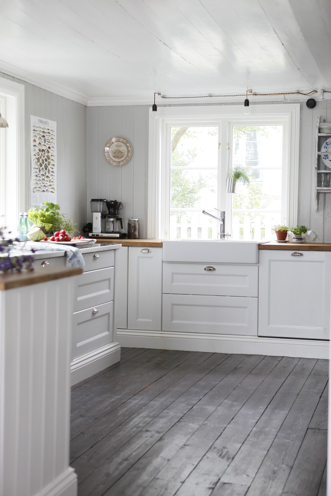 painting wood floors wood floor in kitchen 9 best images about Painting Wood Floors on Pinterest How to paint Baby rooms and Painted floors