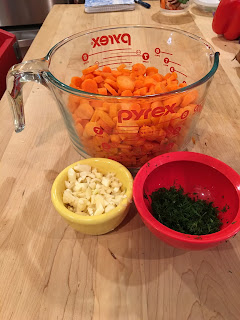 meatless monday carrot soup pyrex mis en place