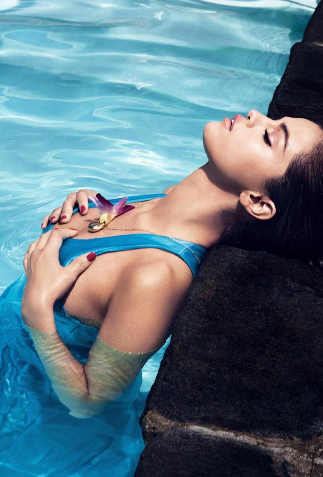 Selena Gomez latest hot photoshoot 2017 hd - Beautiful Actress