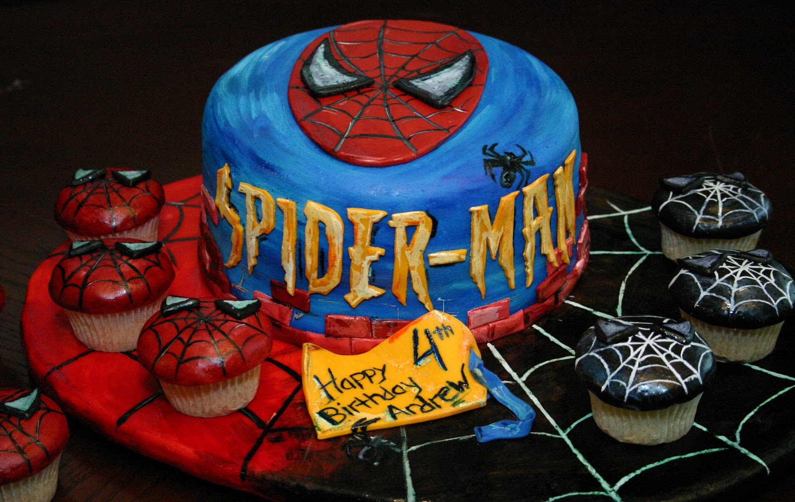 Picture Perfect Cakes Spiderman Cake And Cupcakes