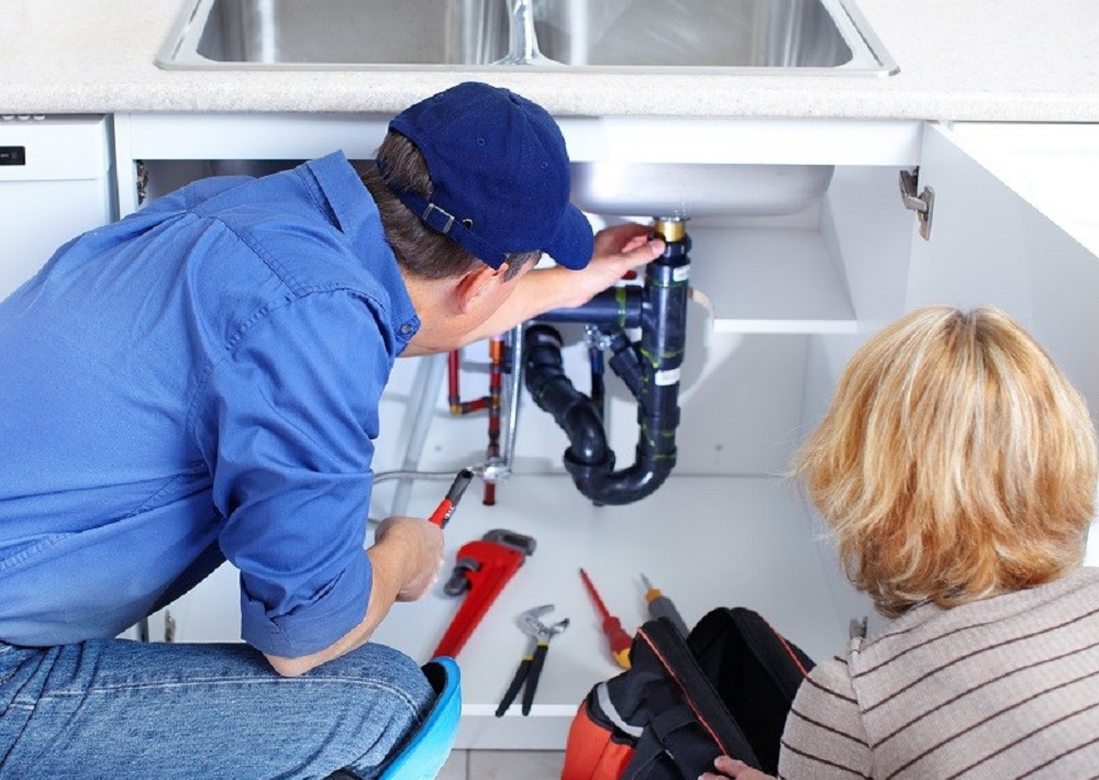 Plumbing Services: Why Choose Professionals?
