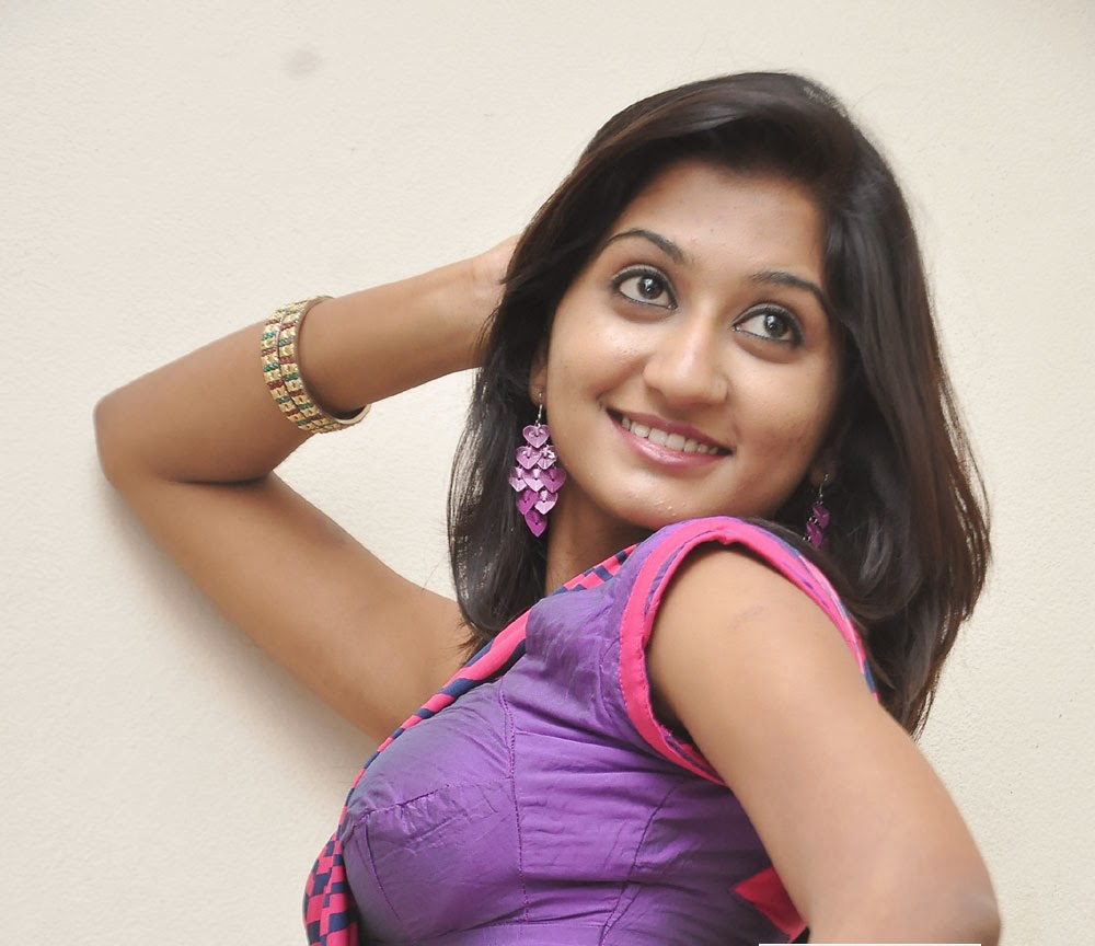 Akshaya Hot Expose In Blouse And Navel Show