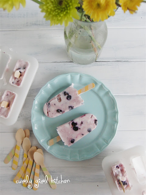 http://www.curlygirlkitchen.com/2013/07/summer-popsicles-with-blueberries.html