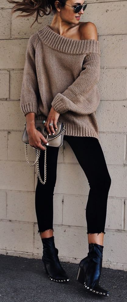 trendy fall outfit idea: knit + skinnies + boots