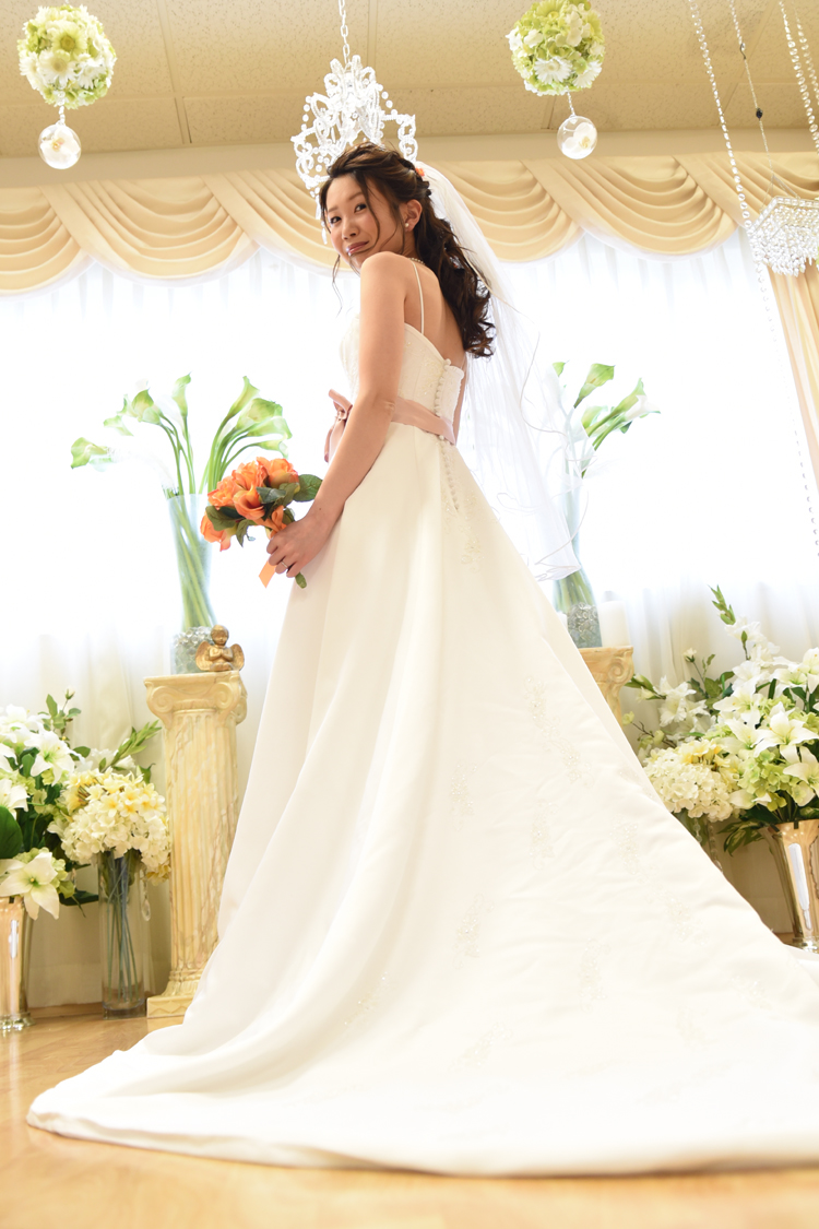Looking For Wedding Attire In Honolulu Youve Come To The Right Place Call Bridal Dream Hawaii Set Up Your Appointment Dress And Tuxedo Rental On
