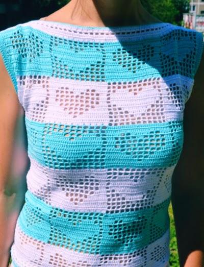 Patrón blusa de corazones a crochet