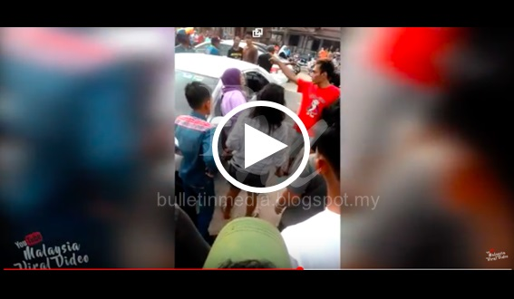 VIDEO: Tumbuk Mak Cik Tua Ketika Azan Berkumandang. Akhirnya Anak Muda ini Terima Balasan yang MENGERIKAN !