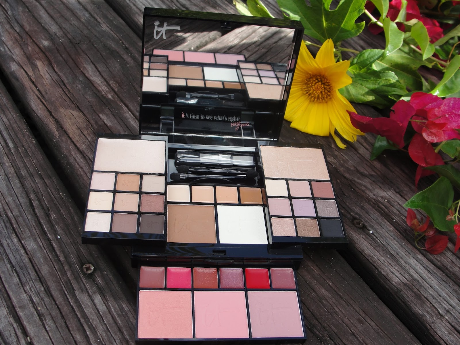 it cosmetics most wished for holiday palette giveaway