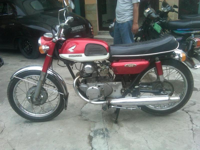 1974 honda cb 125 ss specifications and pictures classic and vintage motorcycles. Black Bedroom Furniture Sets. Home Design Ideas