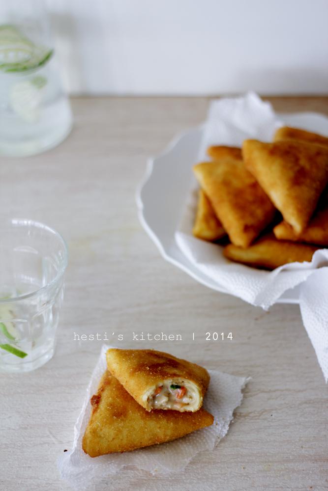 HESTI'S KITCHEN : yummy for your tummy: Risoles Ragout Ayam