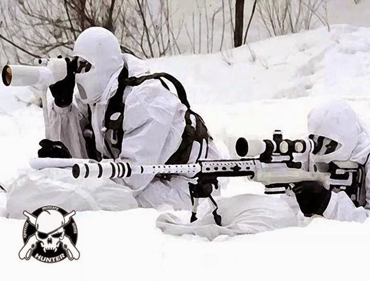 atiradores de elite camuflado na neve