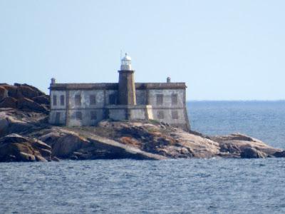 Faro de las islas Lobeiras
